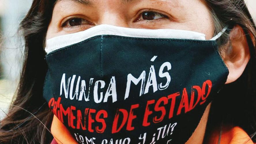VÍCTIMAS DE CRÍMENES DE ESTADO RECHAZAN EL NEGACIONISMO