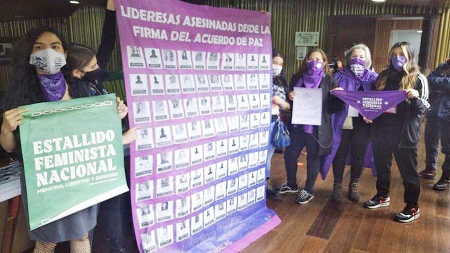 MUJERES EN LUCHA CON LA POBREZA Y EL DESTIERRO