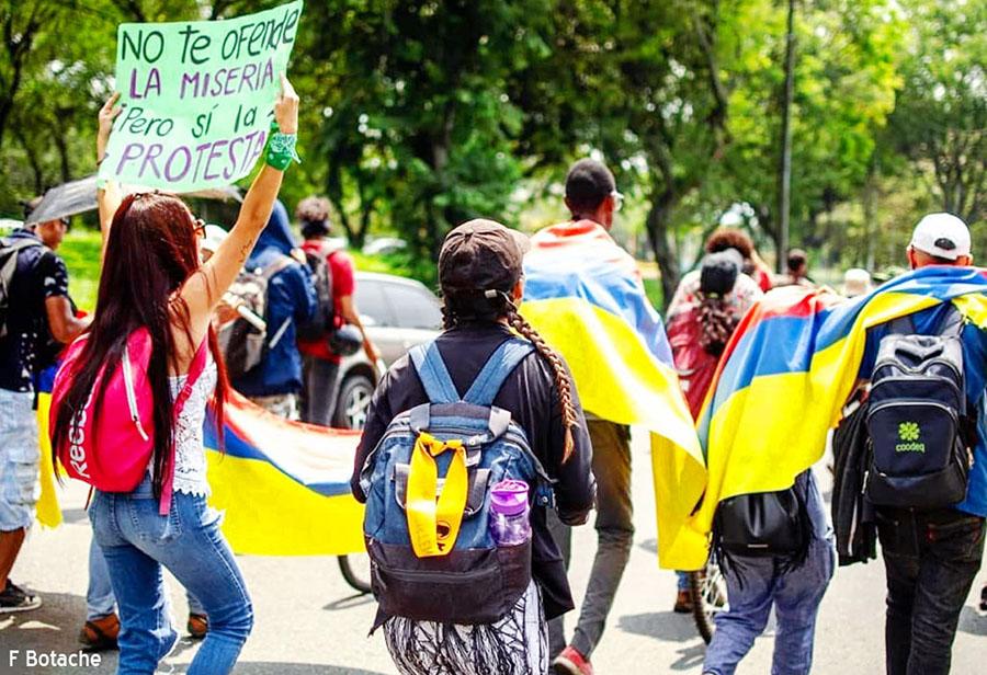 IMPOSIBLE SUPERAR LA CRISIS ECONÓMICA SIN CAMBIAR EL MODELO